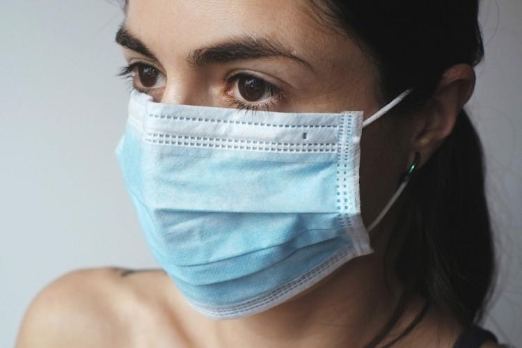 Ideja kako najveće buntovnike natjerati da nose masku preko nosa